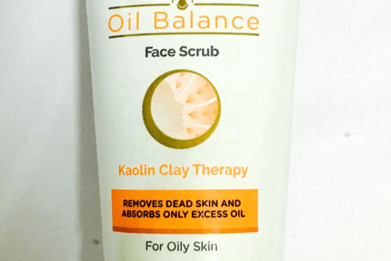 Lacto Calamine Oil Balance Face Scrub 1