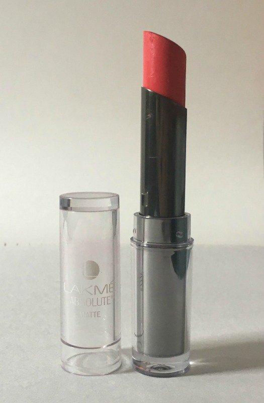 Lakme Matte Lipstick Peach Pout 1