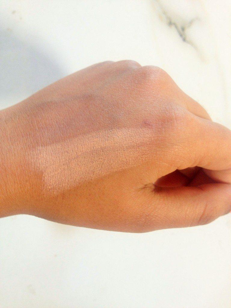 Lotus Herbals Natural Blend Swift Makeup Stick SPF 15 Review 3