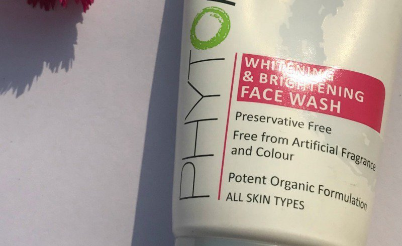 Lotus Professional PHYTORx Whitening and Brightening Face Wash  1