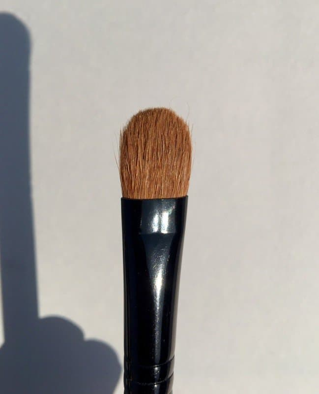 MAC 252SE Short Handle Large Shader Brush  1