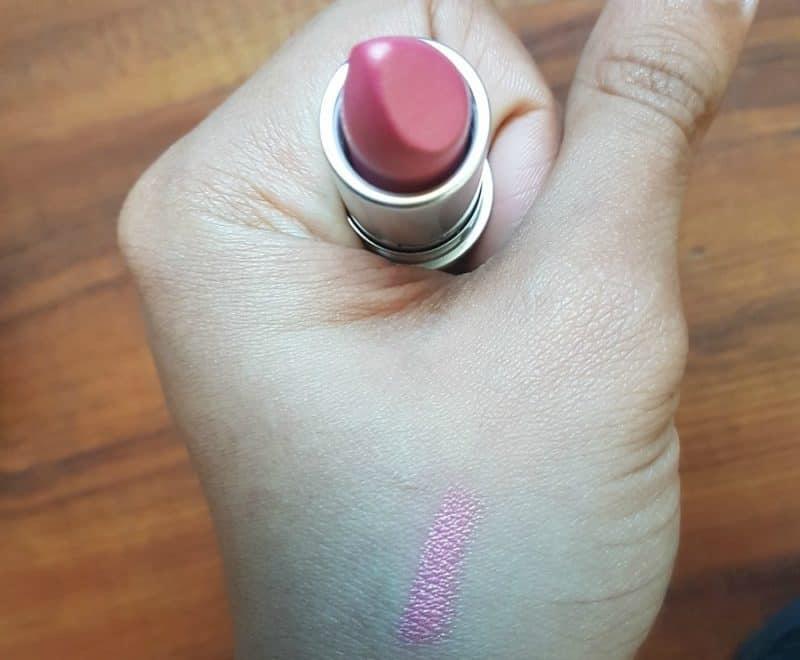 MAC Bombshell Frost Lipstick 4