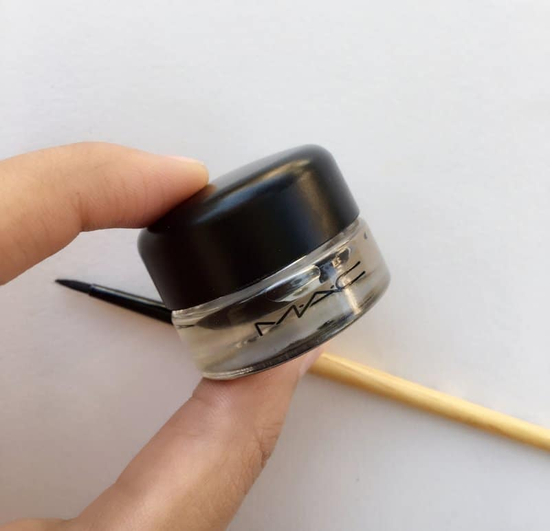 MAC Fluidline Gel Eyeliner Blacktrack 3