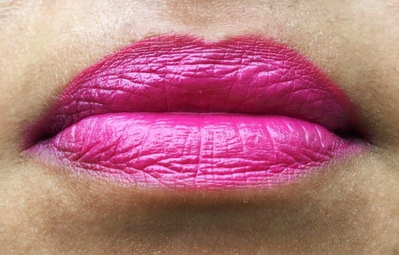 MAC Girl About Town Amplified Crème Lipstick 2