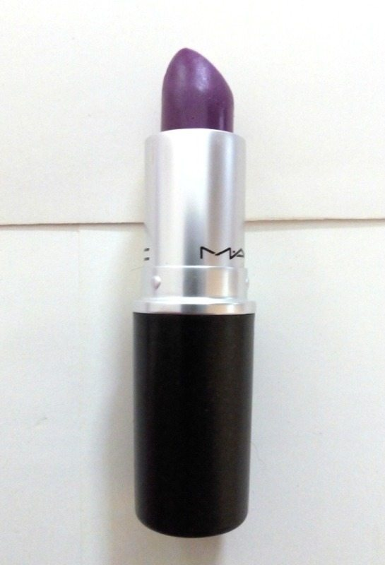 MAC Heroine Matte Lipstick 1