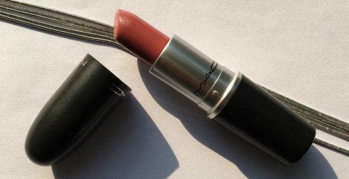 MAC Mehr Matte Lipstick 1