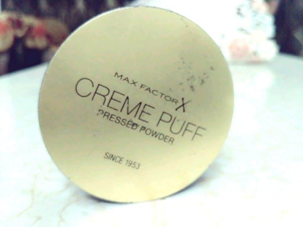 Max Factor Tempting Touch Pressed Powder 56 Review 2
