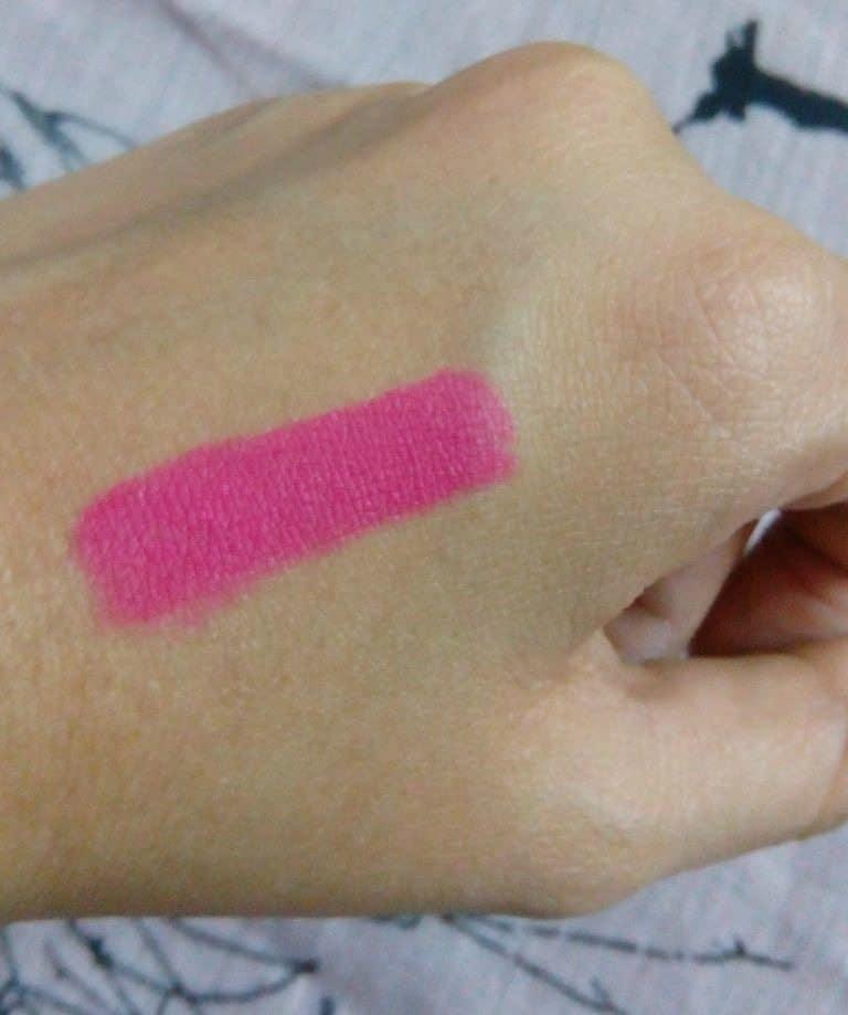 de7a2e957 Maybelline Color Show Lip Matte Flaming Fuchsia Review 4