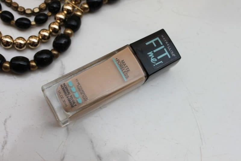 Maybelline Fit Me Foundation Matte + Poreless Review (2)