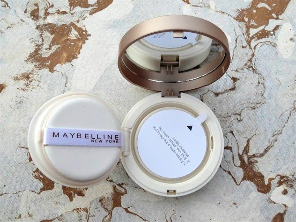 Maybelline New York BB Cushion Foundation Review 3