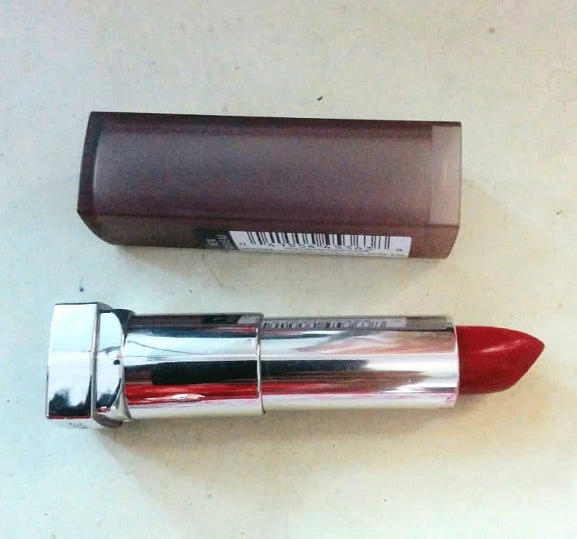 Maybelline Rich Ruby Crème Matte Lipstick Review 1