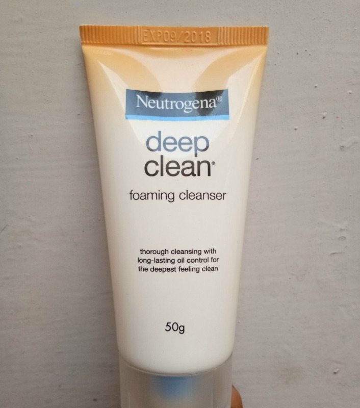 Neutrogena Deep Clean Foaming Cleanser Worth a Dekko for Oily Skin