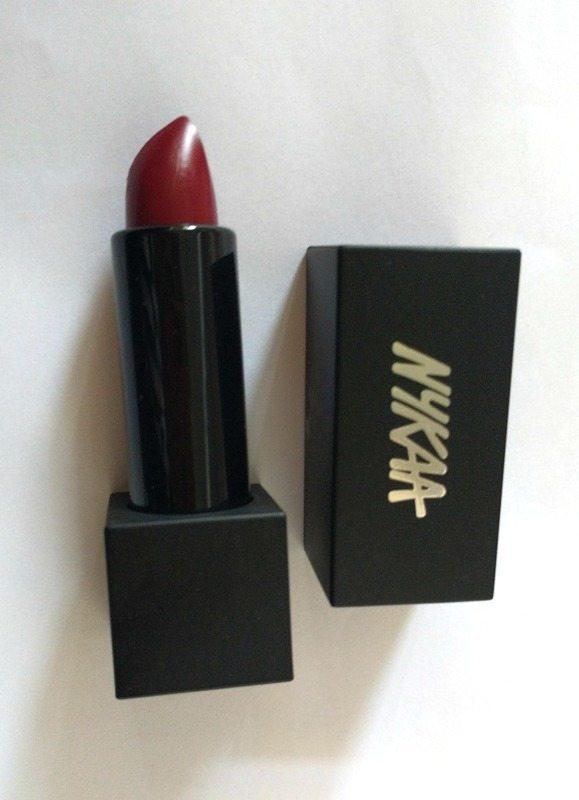Nykaa So Matte Cranberry Sangria Lipstick