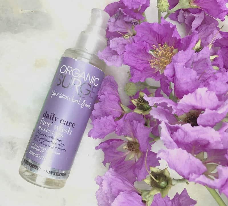 Organic Surge Daily Care Refreshing Face Wash