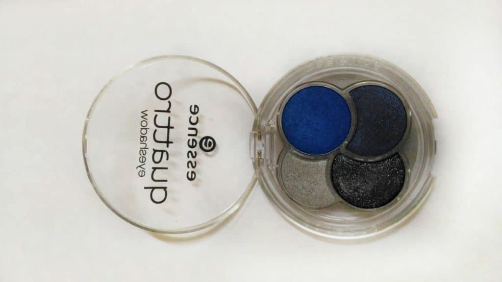 Essence Quattro Eyeshadow 09 Denim  3
