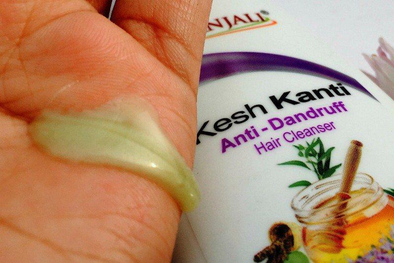 Patanjali Kesh Kanti Anti Dandruff Hair Cleanser 3