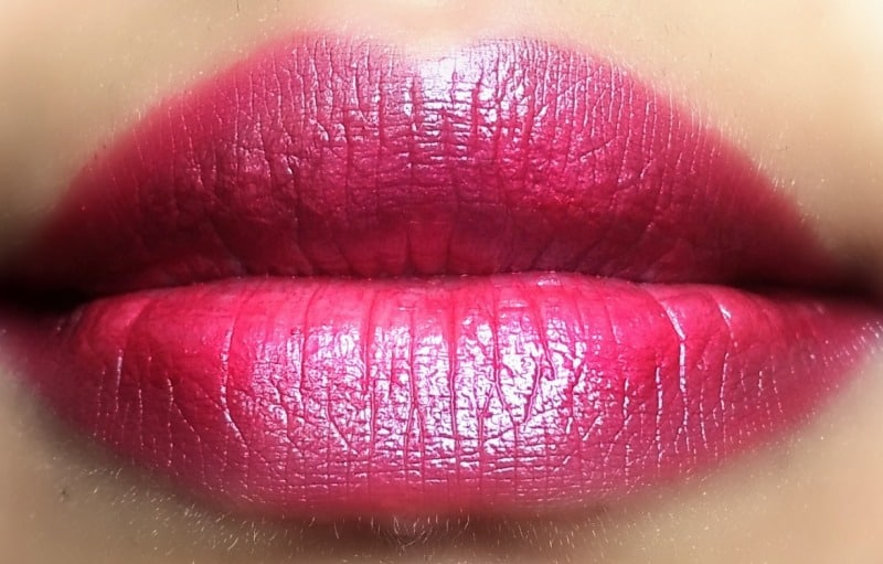 Revlon Colorstay Ultimate Suede Lipstick Shade Trendsetter 4