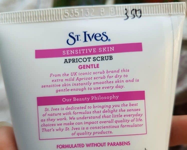 St. Ives Sensitive Skin  Gentle Apricot Scrub  1
