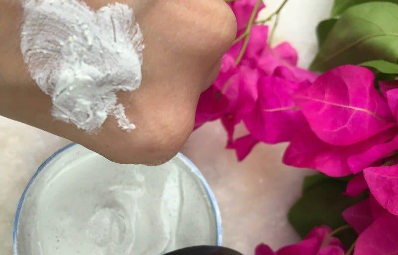 The Body Shop Blue Corn 3 In 1 Deep Purifying Scrub Mask 4