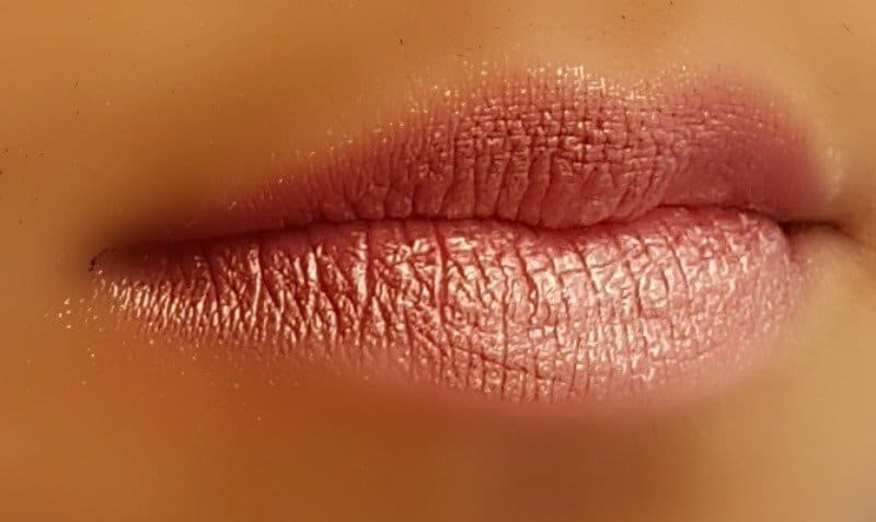 The Body Shop Color Crush Lipstick 325 4
