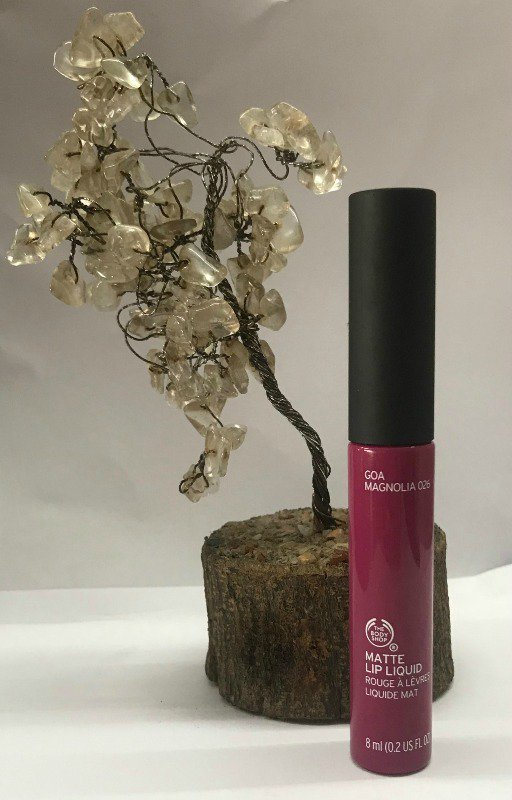 The Body Shop Lipstick Goa Magnolia