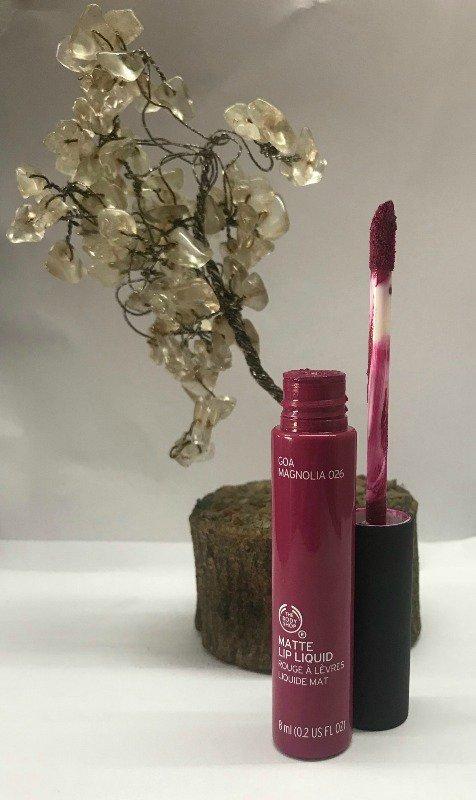The Body Shop Lipstick Goa Magnolia 1