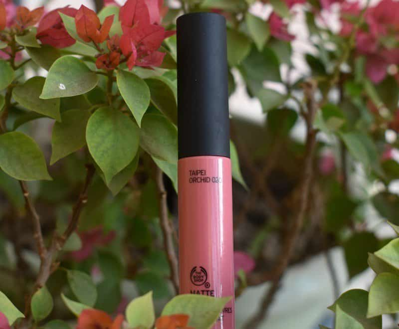 The Body Shop Matte Liquid Lip Taipei Orchid 2