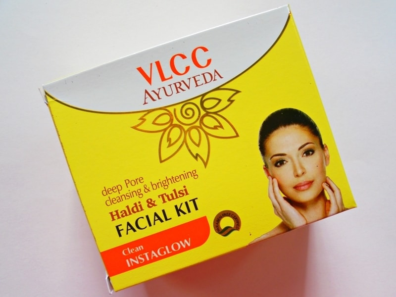 VLCC Ayurveda Deep Pore Cleansing & Brightening Haldi & Tulsi Facial Kit Review