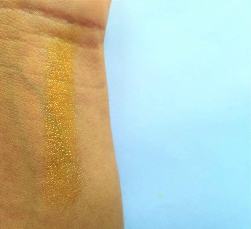VLCC Lovable Lips Mango Lip Balm  3