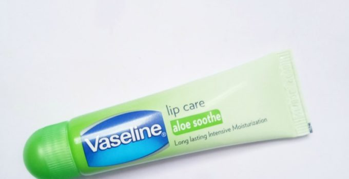 Vaseline Aloe Soothe Lip Care Review