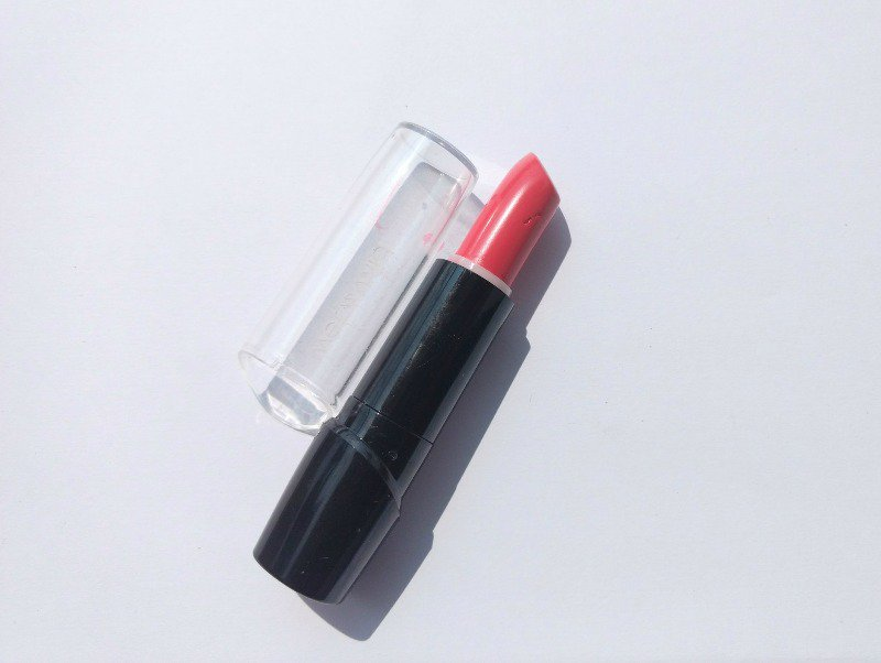 Wet N Wild Satin Finish Lipstick Hot Paris Pink 1
